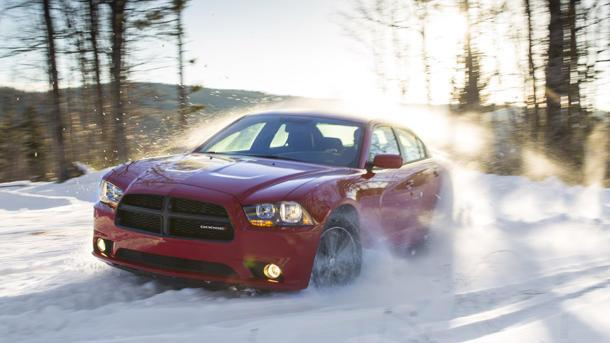 2013 Dodge Charger and Chrysler 300 AWD: Motoramic Drives