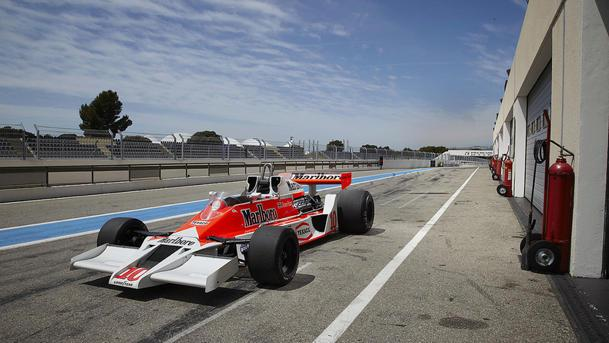 James Hunt's 1977 McLaren F1 race car rushes to auction