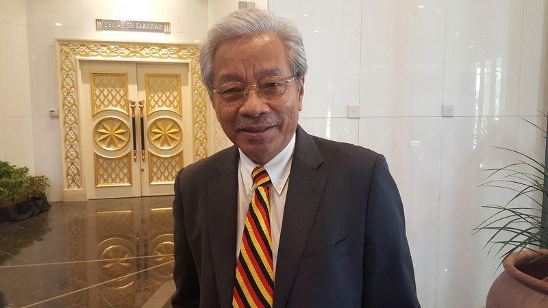 Deputy Chief Minister Tan Sri Dr James Masing said GPS will support any new coalition under the leadership of Tun Dr Mahathir Mohamad to take Putrajaya except DAP. — Picture by Sulok Tawie