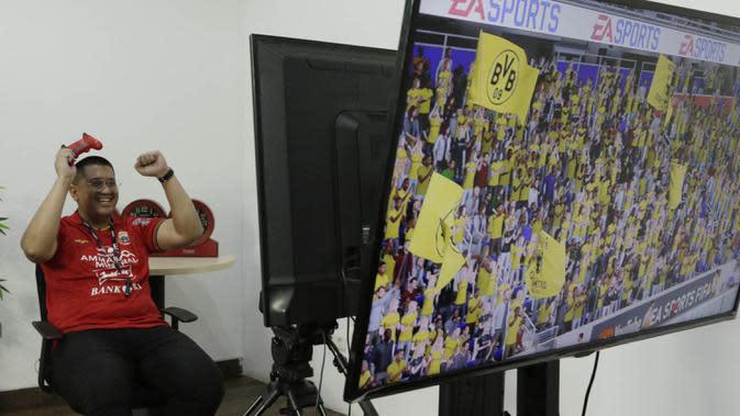 Ketua Umum The Jakmania, Diky Soemarno, mengapresiasi event turnamen BOLA Esports Challenge yang bisa mendekatkan suporter dengan pemain idola. (Bola.com/M. Iqbal Ichsan)
