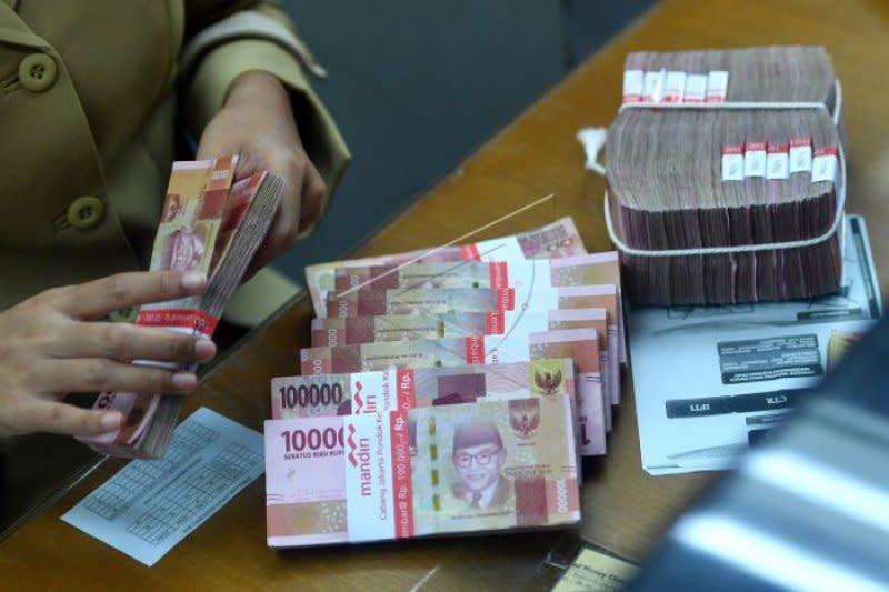 Rupiah terus menguat, terkerek sentimen positif kesepakatan AS-China