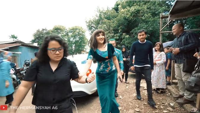 Anang dan Ashanty (Sumber: YouTube/The Hermansyah A6)