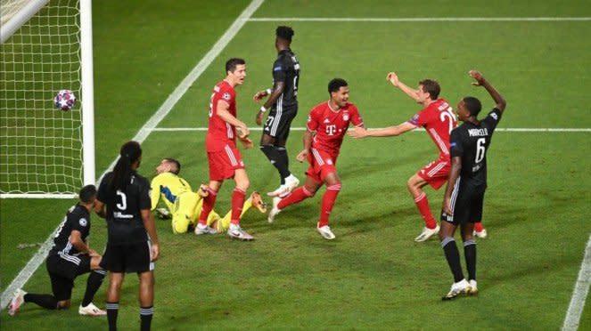 Duel Lyon vs Bayern Munich.