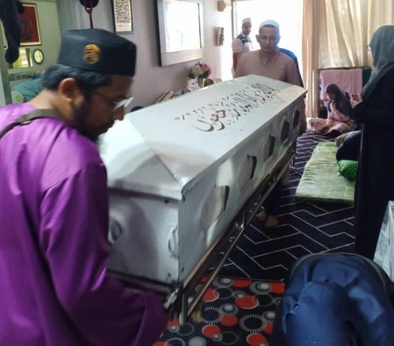 A shot from Husnah's funeral proceedings last week. ― Picture courtesy of Nur Sheila Abdullah