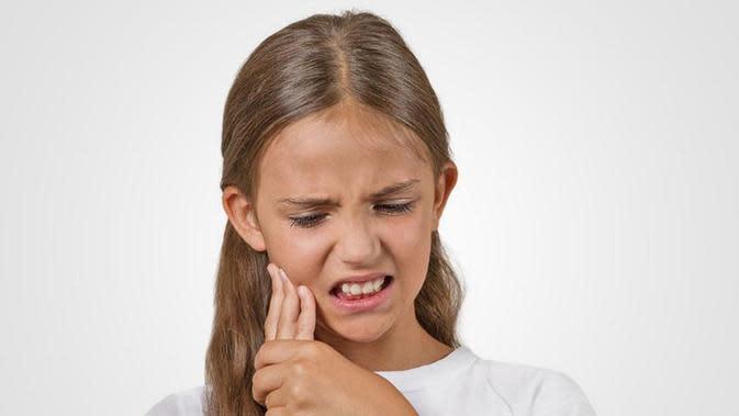 Cara Meredakan Sakit Gigi pada Anak