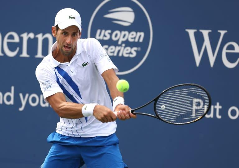 Top-ranked Djokovic cruises into semis at US Open tuneup