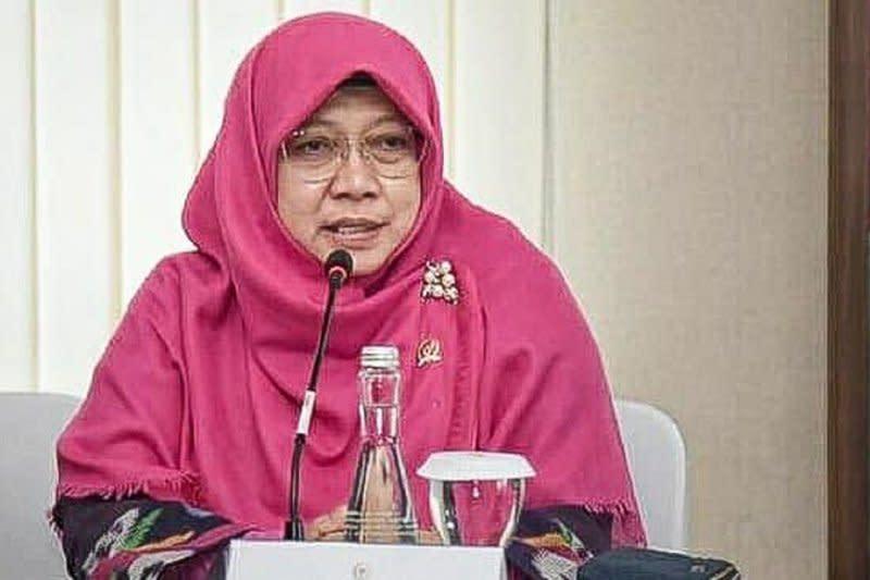 Anggota DPR soroti wacana bansos bulanan bagi pegawai swasta