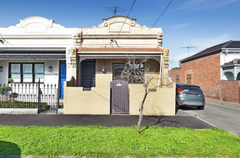 A Victorian style home in Melbourne's suburb of Albert Park. It doesn't feature a bathroom.