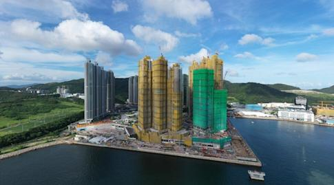 A general view of the Sea to Sky development at Lohas Park in Tseung Kwan O, under construction on 27 June 2020. Photo: Martin Chan