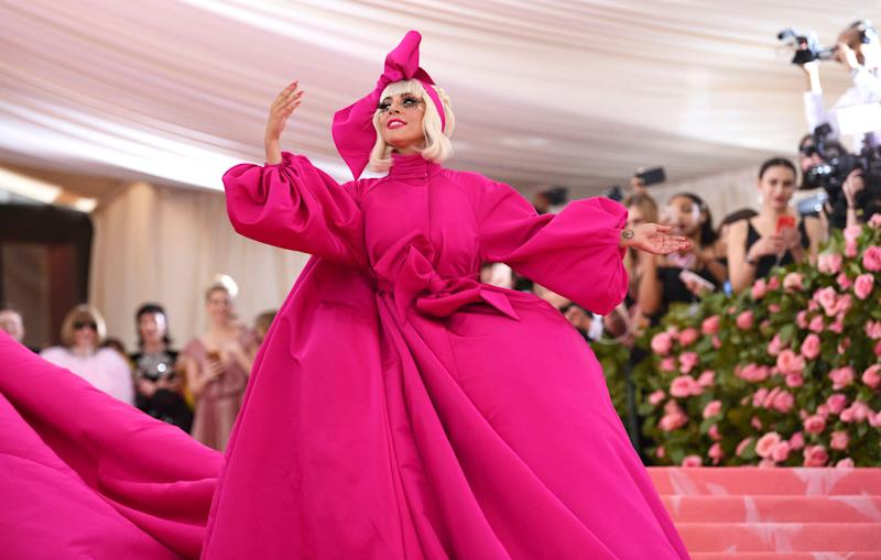 Lady Gaga in pink coat at met gala 2019 red carpet