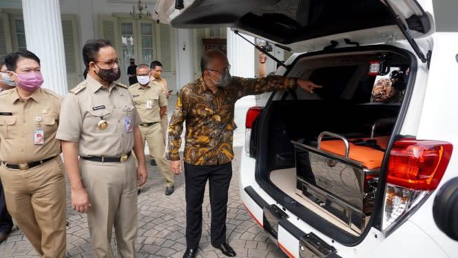 Mobil Toyota Bantu Gubernur Anies Berantas COVID-19