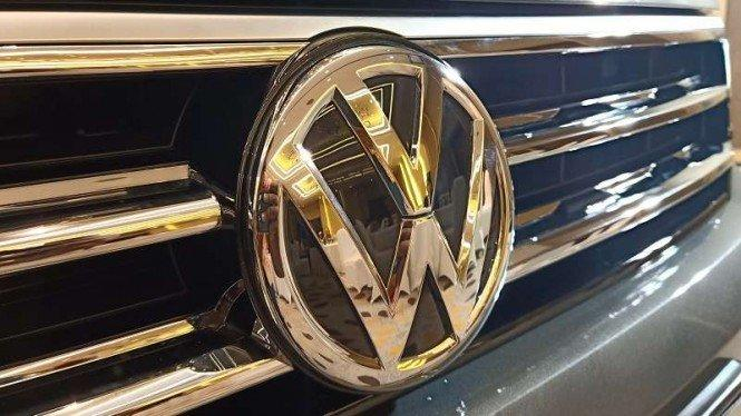 Seratusan Pekerja Pabrik VW di Negara Ini Positif Corona