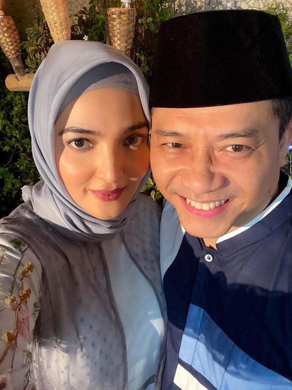 Pesan menyentuh Ashanty di hari ulang tahun pernikahan dengan Anang Hermansyah (https://www.instagram.com/p/CAECbf8n-q6/)