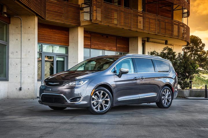 The best minivan you can buy   2018 Chrysler Pacifica