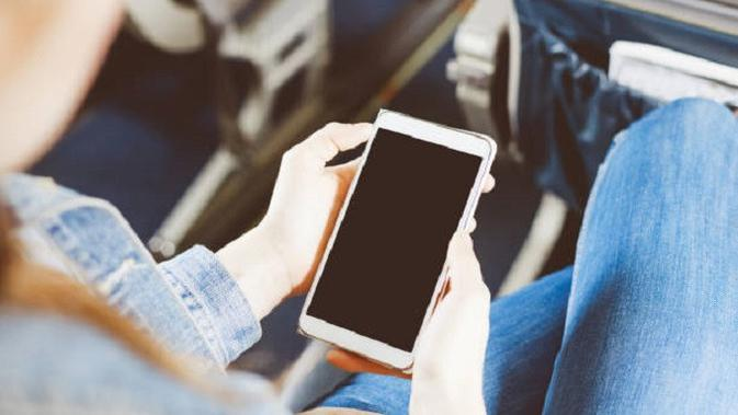 Ilustrasi ponsel (iStockphoto)