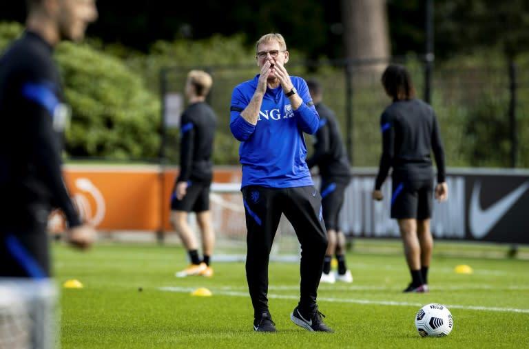 Dutch begin new era after Koeman's Barca defection