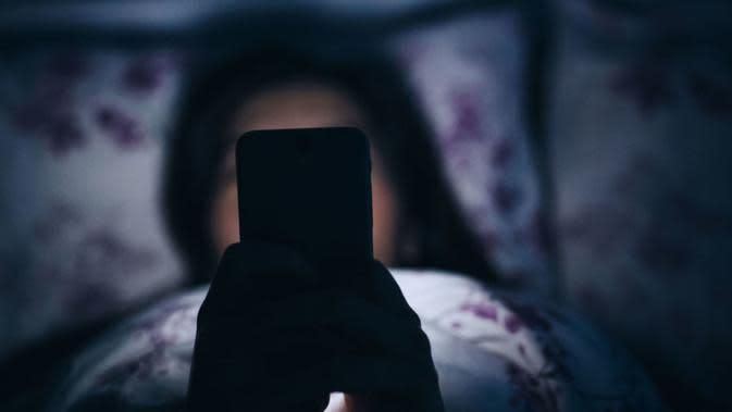 Ini 8 alasan Anda tidak disarankan membawa handphone ke tempat tidur. Foto: Goodhousekeeping/ Getty