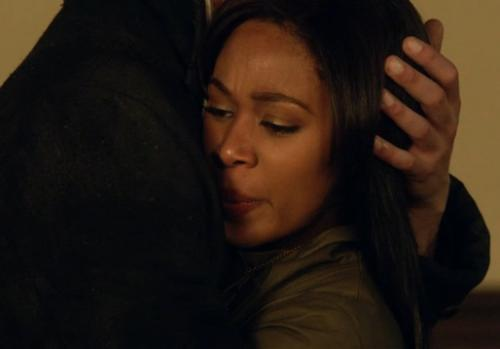 Sleepy Hollow Exclusive: Tom Mison, EPs Break Down the Finale's Big Moment in the Church