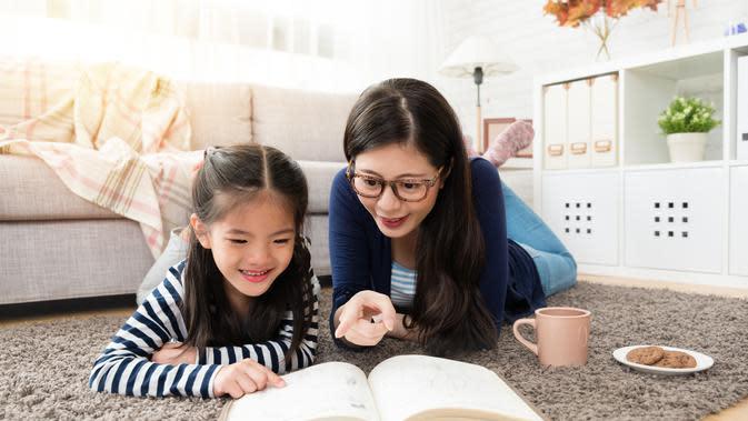 Protokol kesehatan dari Mothercare dan ELC saat menjalani new normal/copyright By PR Image Factory from Shutterstock