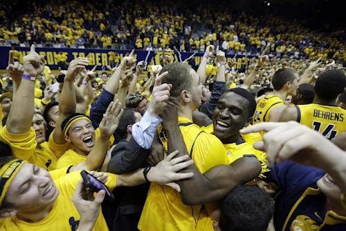 Cal topples No. 1 Arizona on last-second shot
