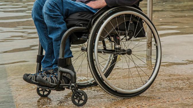 Ilustrasi kursi roda. (Sumber Pixabay)
