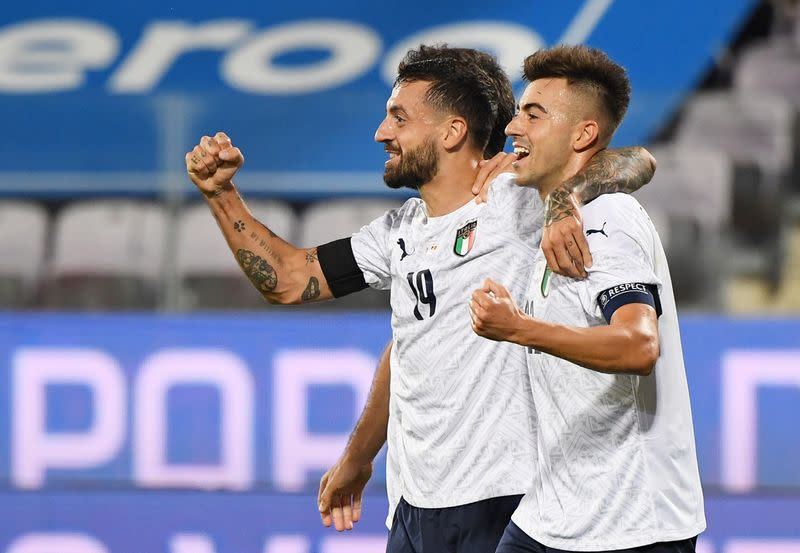 Caputo, 33, scores on Italy debut in rout of Moldova