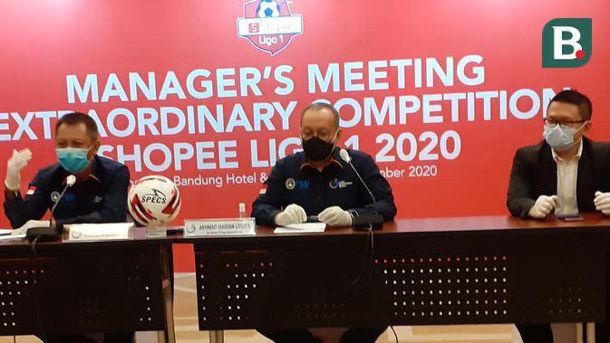 Manager meeting klub Shopee Liga 1 2020 di Hotel Sheraton, Bandung, Senin (21/9/2020). (Bola.com/Erwin Snaz)