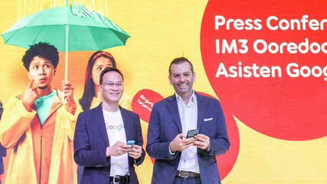 Randy Jusuf, Managing Director Google Indonesia bersama Ahmad Al-Neama, Presiden Direktur & CEO Indosat Ooredoo. Dok: Indosat Ooredoo