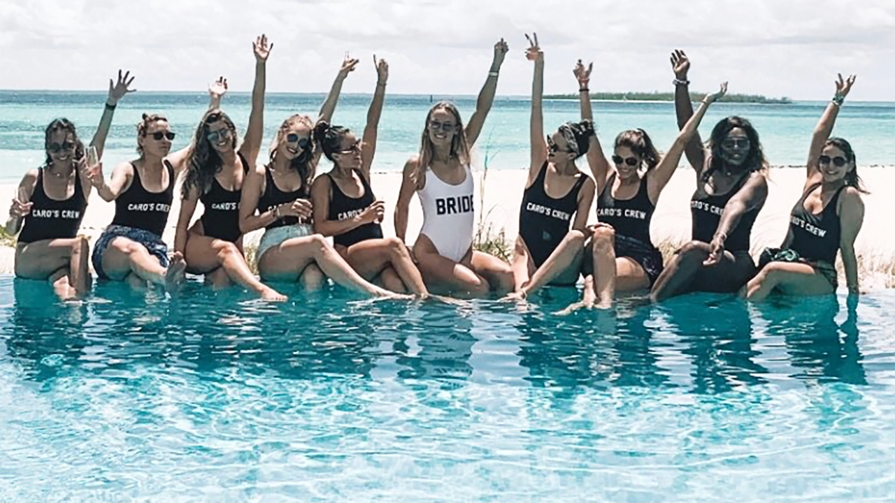 <p>Serena Williams was among Caroline Wozniacki's gal-pals as they celebrated her hen's weekend in the Bahamas. Image: Caroline Wozniacki/Twitter </p>