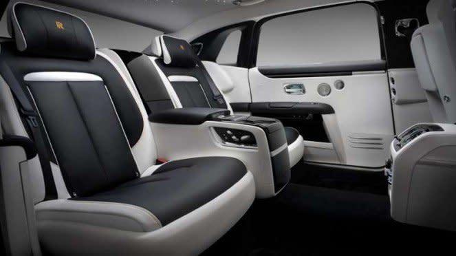 Kabin New Rolls-Royce Ghost Extended