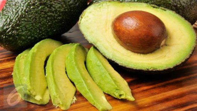 Solusi alami sembuh dari autoimun dengan khasiat buah alpukat dan bahan makanan lainnya.