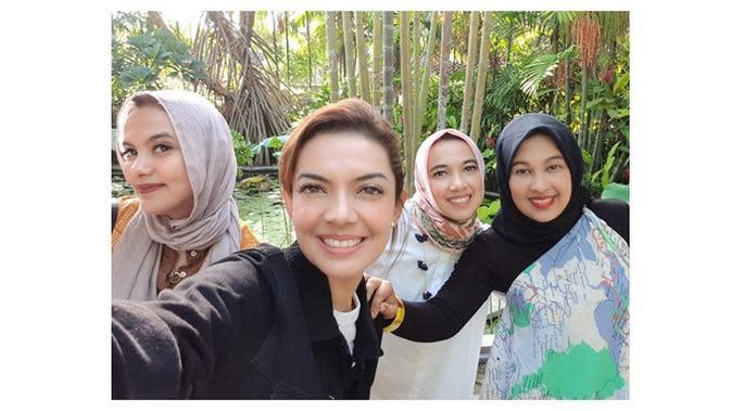 7 Potret Najwa Shihab dan Saudara Perempuannya, Cantik dan Sukses (Sumber: Instagram/@najelaashihab)