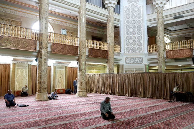 All mosques in Iran to reopen temporarily on Tuesday