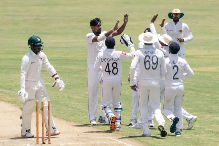 Sri Lanka celebrate the dismissal of Zimbabwe opener Kevin Kasuza