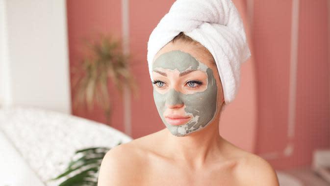 ilustrasi cara membuat masker wajah dari sayuran yang cukup unik dan bisa mencerahkan wajah/LTim/shutterstock