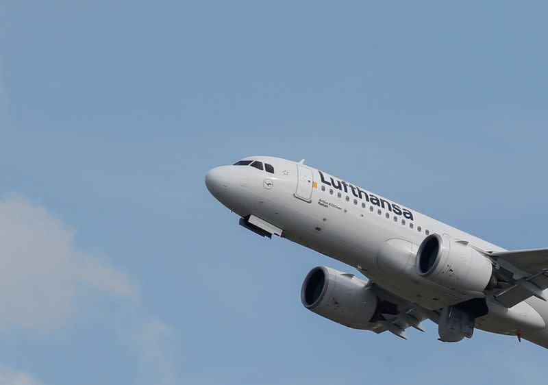 FILE PHOTO: A Lufthansa Airbus A320 takes off at the aircraft builder's headquarters in Colomiers near Toulouse