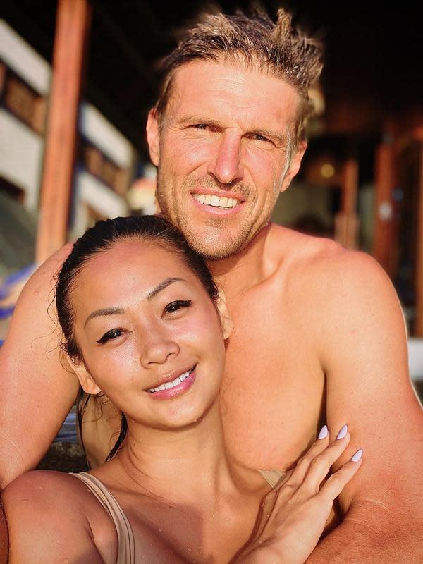 Seperti diketahui, sekarang ini Indah bersama suami dan anak-anaknya memilih untuk tinggal di Bali. Aktris cantik ini sudah menetap di Pulau Dewata itu sejak menikah dengan Ibrahim. (Instagram/indahkalalo)