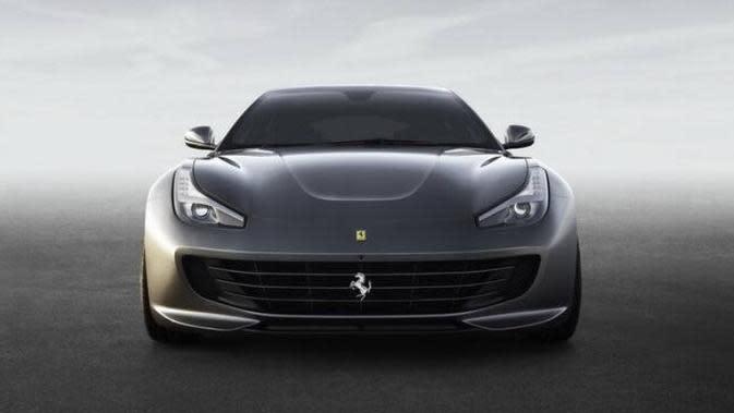 Karir Ferrari GTC4Lusso Berakhir