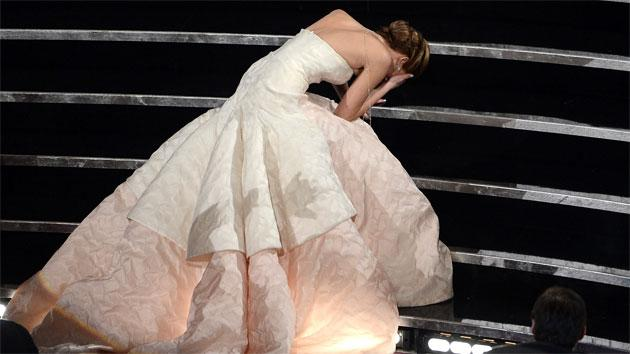 Jennifer Lawrence reveals cause of her big Oscar fall