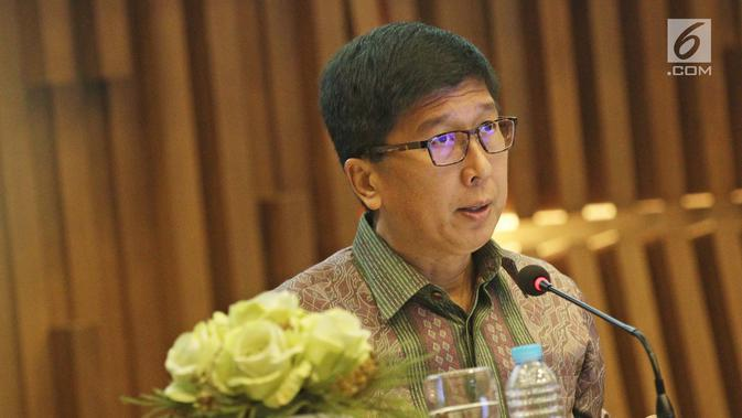 Vice President Director Emtek Grup, Sutanto Hartono menyampaikan paparan publik PT. SURYA CITA MEDIA. Tbk di SCTV TOWER, Jakarta, Senin (18/12). (Liputan6.com/Herman Zakharia)