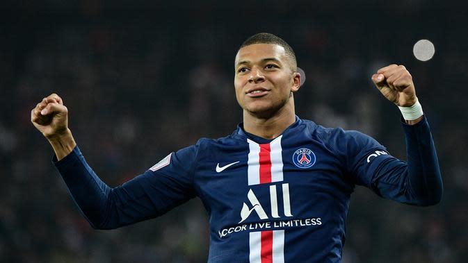 1. Kylian Mbappe (Paris Saint-Germain) – Pemain berusia 21 tahun ini tercatat memiliki kecepatan 36km/jam. Dengan kecepatan tersebut, Mbappe menduduki posisi pertama sebagai pemain tercepat di dunia. (AFP/Martin Bureau)