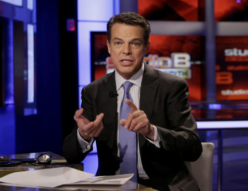 "FILE - This May 24, 2011 file photo shows Fox News Channel anchor Shepard Smith during a broadcast of his ""Studio B"" program, in New York. Fox News Channel is eliminating one of Shepard Smith's two daily newscasts and putting him in charge of a breaking news team where he will travel more to stories and break into other Fox shows with special reports. (AP Photo/Richard Drew, File)"