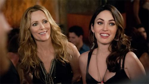 Leslie Mann and Megan Fox go chest-to-chest in 'This is 40′
