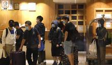 尖東帝苑酒店住客撤離毋須檢測 專家批做法危險恐全城播毒