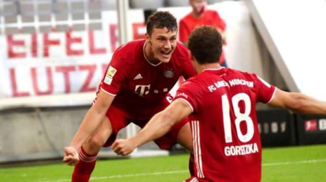 Pemain Bayern Munich rayakan gol Leon Goretzka.