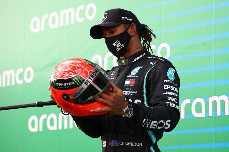 Hamilton vs Schumacher dalam angka
