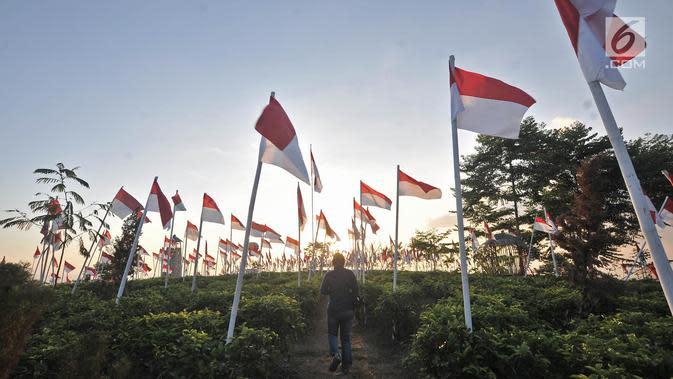 Polisi Beberkan Kronologi Video Ibu Gunting Bendera Merah Putih di Sumedang