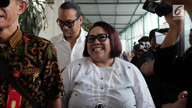 Nunung Srimulat dan July Jan Sambiran (Liputan6.com/Herman Zakharia)