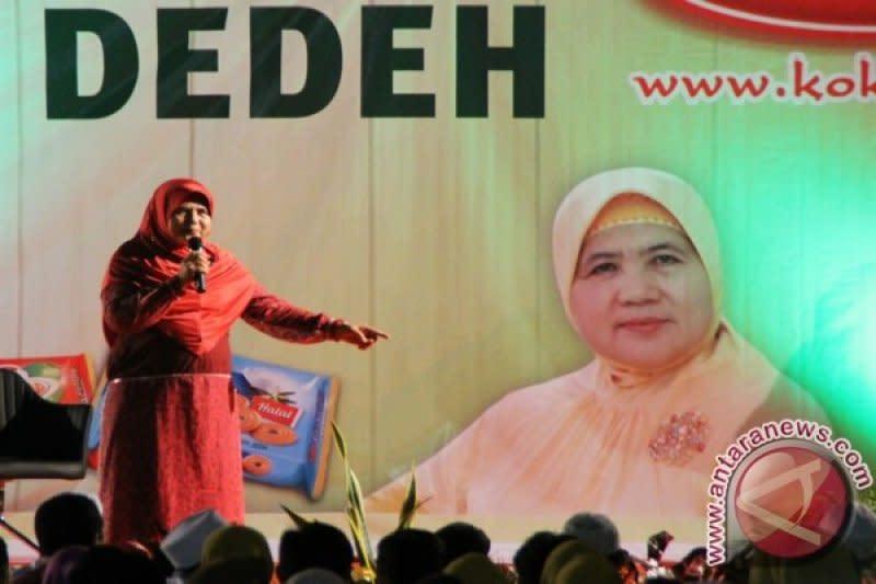 Kemarin, hoaks Mamah Dedeh meninggal hingga ketahui makeup kedaluwarsa