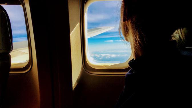 Ilustrasi naik pesawat. (Foto: pexels.com)